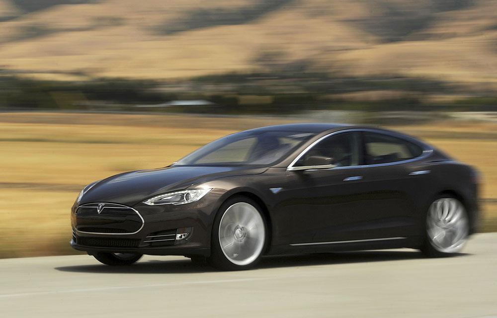 Tesla motors model S