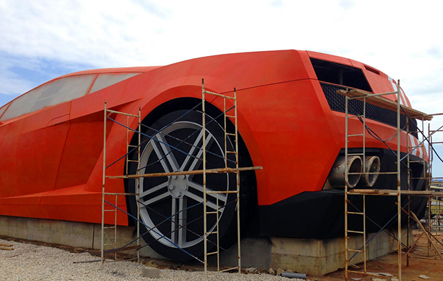 Lamborghini gallardo géante de dos