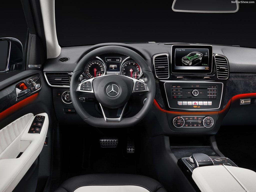 L'habitacle du Mercedes GLE