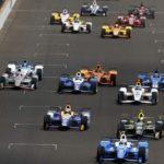 Sato remporte l'Indianapolis suite aux déboires d'Alonso